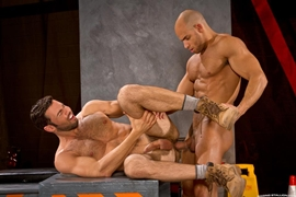 Gay Inter-racial - Dario Beck & Sean Zevran