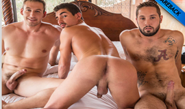 Gay Bareback - Atticus Fox, Jeff Powers & Lukas Valentine