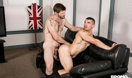 Executivo Gay Bareback - Dennis West & jeremy Spreadums