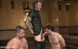 Sexo Violento - Christian Wilde, Dylan Knight & Scotty Zee