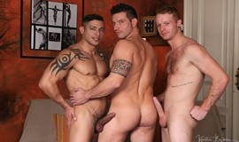 Gay Bareback - Julio Rey, Rado Zuska & Tom Vojak