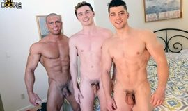 Sexo Entre Musculosos - Collin Simpson, Sean Costin & Neal Peterson