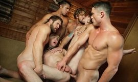Scared Stiff – Scene 4 Killer Orgy – Colby Keller, Jack Hunter, Ryan Rose, Seth Santoro, Tom Faulk & Wesley Woods