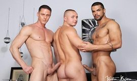 Full Of Spunk: Ivan Gregory, Denis Sokolov & Lucas Fox