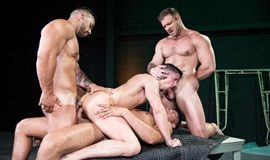 HotHouse – The Fixer – Austin Wolf, Skyy Knox, Arad Winwin & Tyler Roberts
