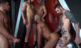 Jessie Colter dando o rabo para Dylan Strokes, Scott DeMarco, Teddy Bryce & Jack Andy