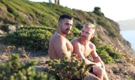 Ericvideos – Fill me up on the warm sand