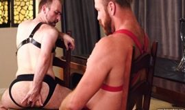 Parker Logan & Harper Davis – Sit On It