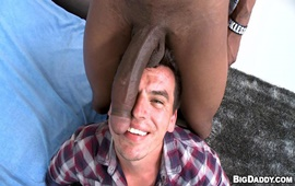 Latin love on a huge dick - It's Gonna Hurt