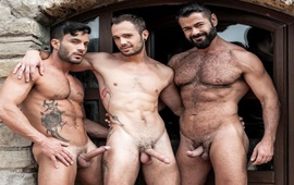 Poolside Breeding – Victor D'Angelo, Drake Rogers & Andy Star