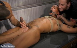 MenOnEdge – A Deal's A Deal: Jacen Zhu Gets Taken Down and Edged