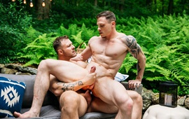 Austin Wolf & Chris Loan - Bareback