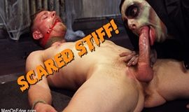 MenOnEdge – Cody Winter: Scared Stiff!