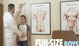 FunSizeBoys – MARK & DR. WOLF Chapter 1: Dr's Office