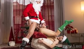Sir Peter & Ken Summers - Santa Claus is cumming to town