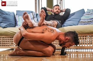 Sergeant Miles, Valentin Amour - Submitting To Sergeant Miles
