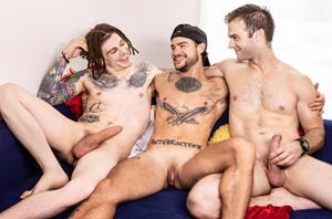 Double Dip That Dick – Gabriel Clark, Sunny D, Tommy Tanner