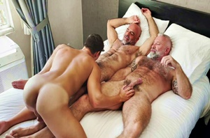 Full Scene - Adam Russo & Lance Charger breed Oliver Hunt